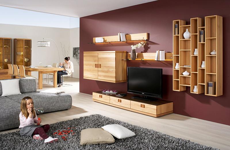 Почистване на мека мебел и килими
